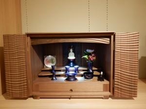 モダンスタイルで  お部屋に馴染む   仏壇富山~佛光堂~